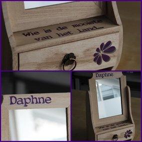 Spiegelkastje Daphne